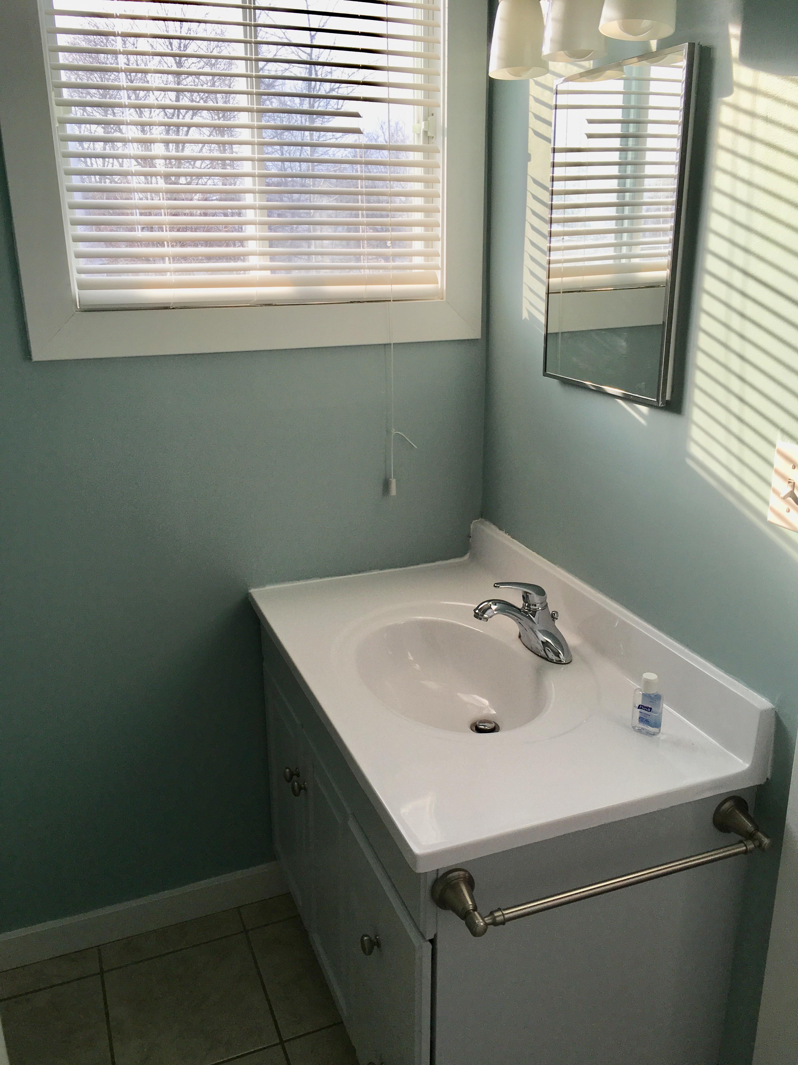 11. Bathroom2